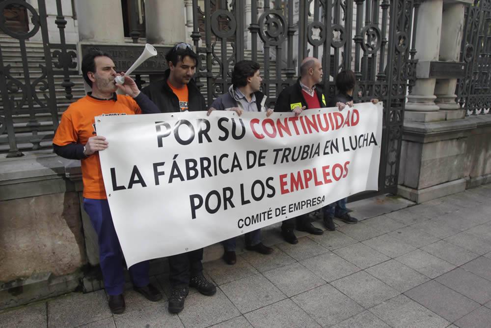Protesta de los trabajadores de la fábrica de armas de Trubia