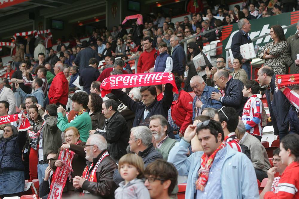 ¿Estuviste en el Sporting - Córdoba? ¡Búscate en las imágenes!