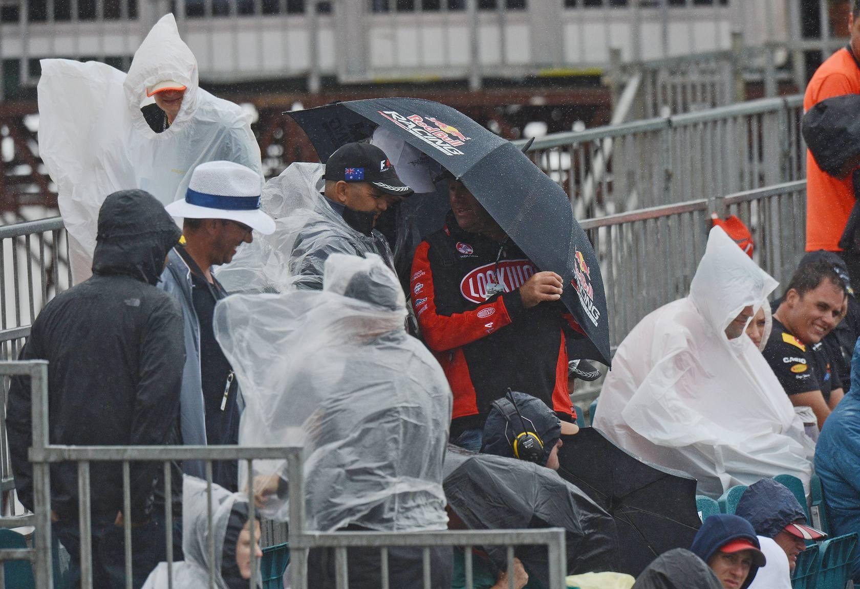 La lluvia obliga a retrasar las pruebas de clasificación en el GP de Australia de F1