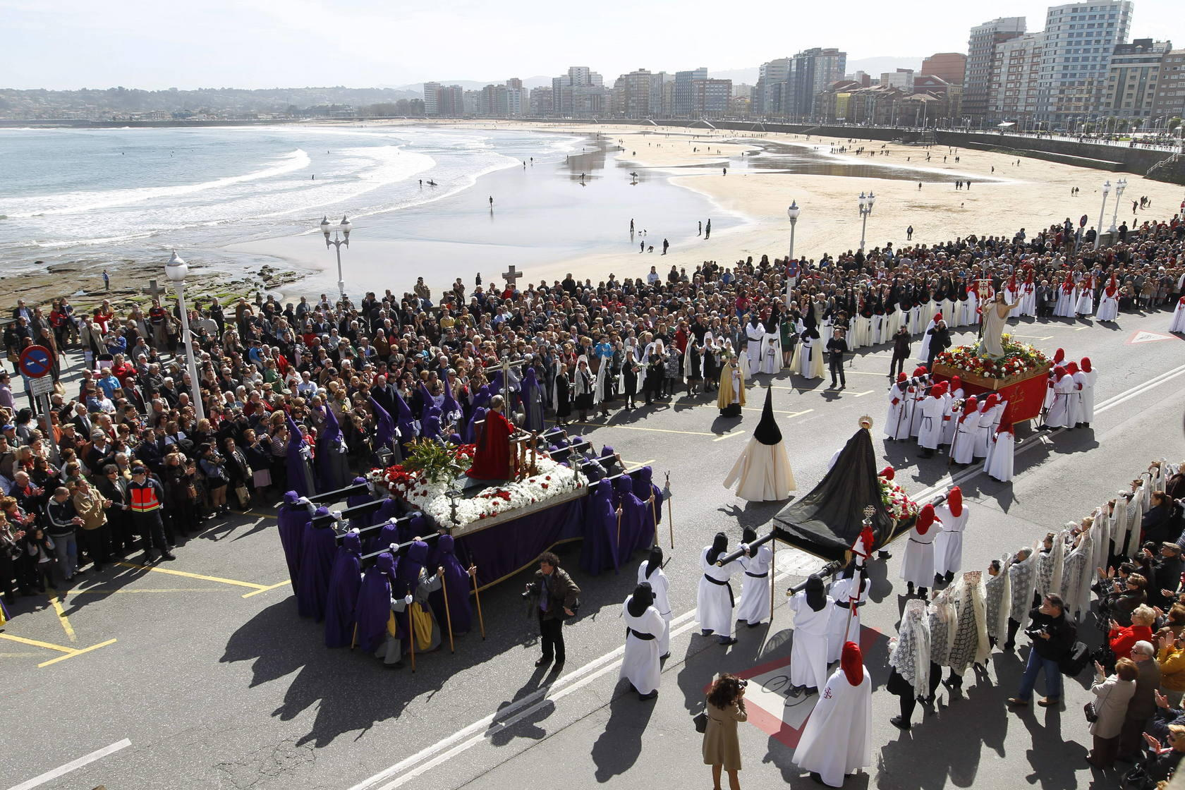 Procesiones del Domingo de Resurrecci&oacute;n en Gij&oacute;n
