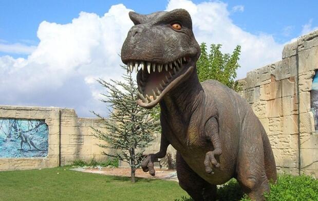 Ven a Dinopolis 1 o 2 noches