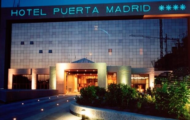 Madrid: 2 noches y entradas Arco para 2