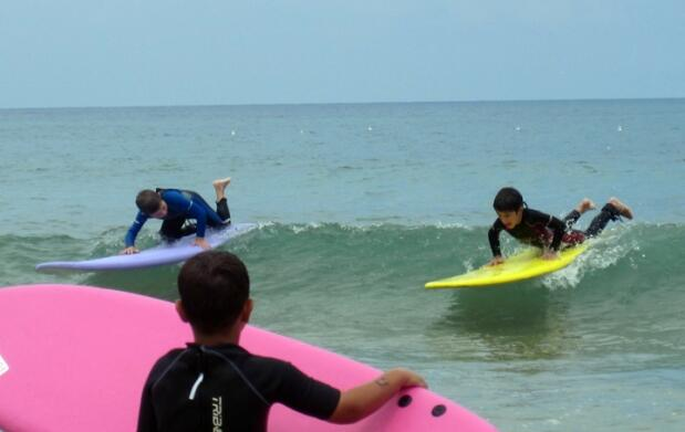 Curso de surf intensivo