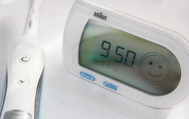 Cepillo eléctrico Oral-B TRIUMPH 5000
