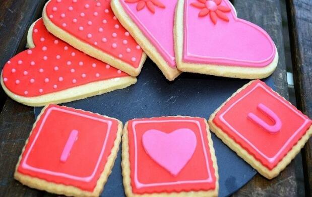 Minicake o galletas personalizadas de San Valentín