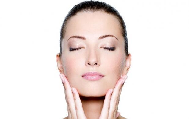 Tratamiento facial regenerante con luz pulsada: una o tres sesiones