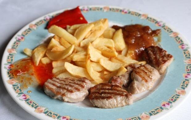 Menú de cocina casera asturiana para 2