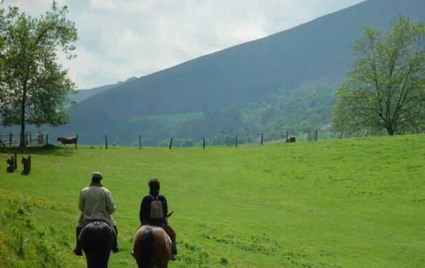 Escapada rural y ruta a caballo para 2