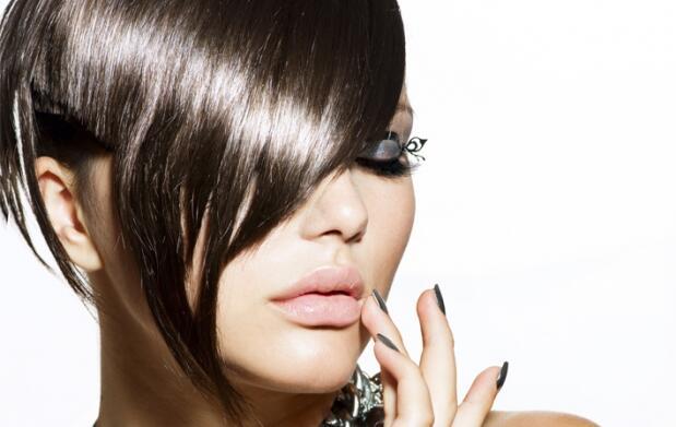 Estrena el año con nuevo look: Sesión de peluquería