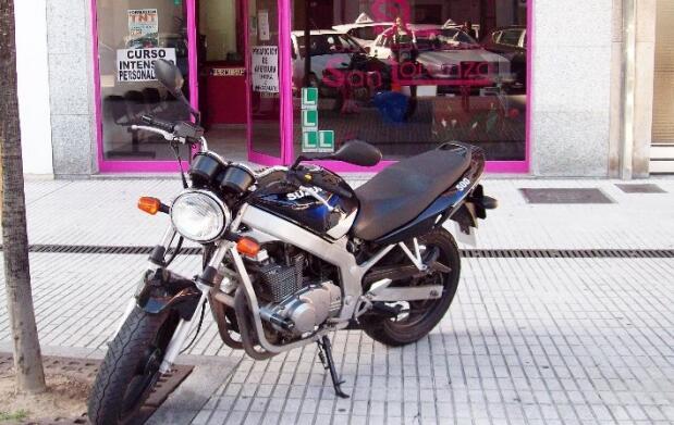 Sácate el carnet de moto: AM y A2
