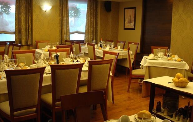 Noche y cena para 2, centro Valladolid
