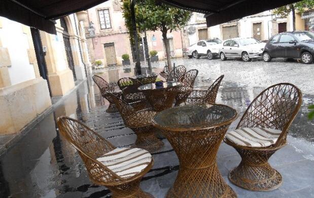 Alojamiento y desayuno para dos en Villaviciosa