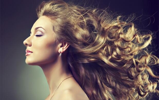 Sesión de peluqueria con opción a mechas californianas o neoyorquinas