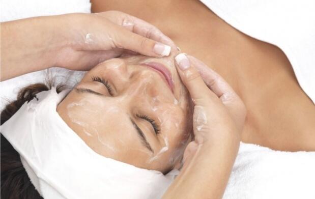 Radiofrecuencia facial, bioestimulación y masaje kobido