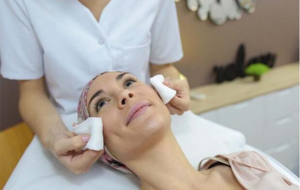 Completa limpieza facial