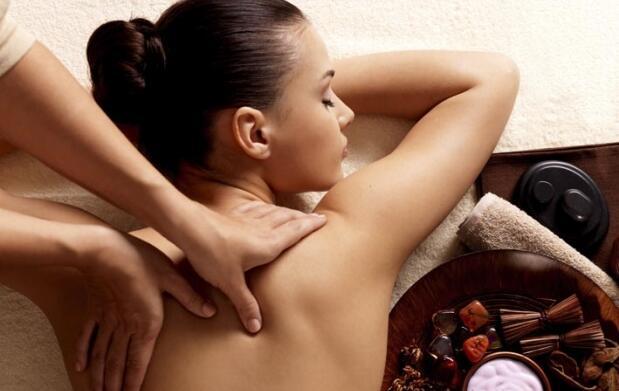 Bono masajes: relajante, bambú o conchas