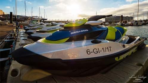 Ruta en moto de agua y 1 hora de paddle surf