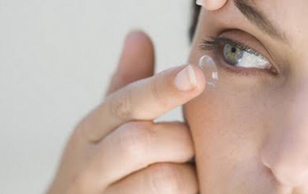 Pack 6 meses lentes de contacto y líquidos
