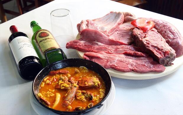 Arroz caldoso y parrillada de carne para 2