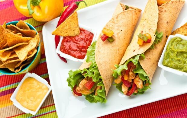 Menú mexicano y cóctel para 2