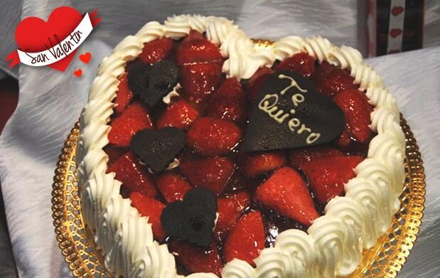 Tarta Selva negra o fresas con nata