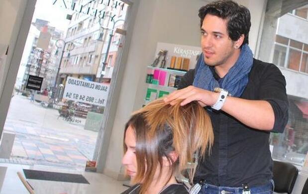 Sesión de peluquería: Tratamiento Steam Pod
