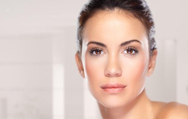 Depilación facial con masaje