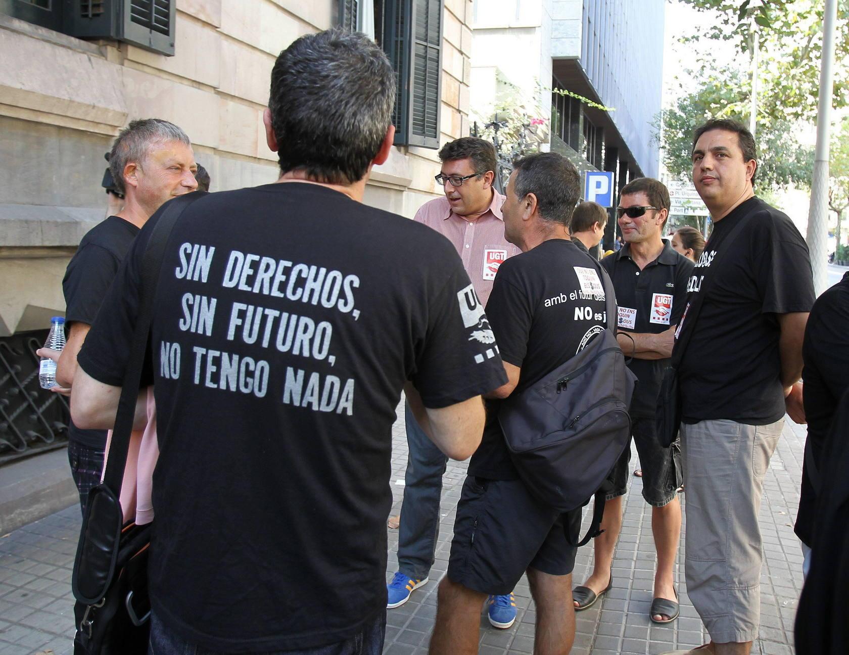 Cientos de empleados públicos se manifiestan en Oviedo