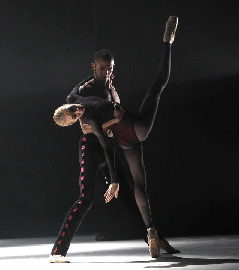 Todas las imágenes de la actuación del Ballet de Víctor Ullate en Gijón