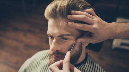 Sesión de peluquería de caballero