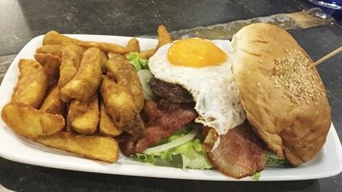 Completo menú de hamburguesa