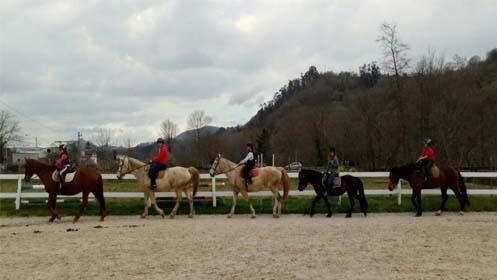 Ruta a caballo o escapada rural