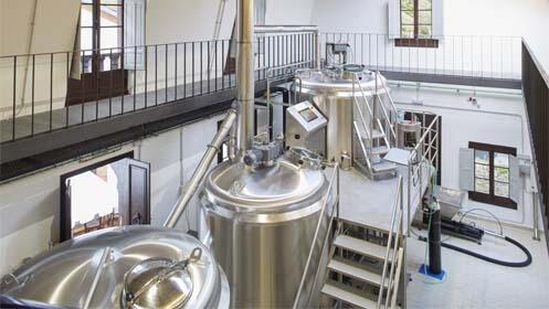 Visita a fábrica de cerveza y cata
