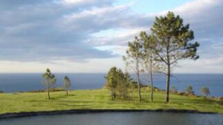 Juega al golf en Luarca: 1 ó 2 Green Fee de 9 hoyos