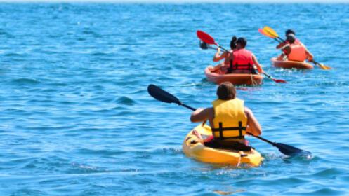 Travesía en kayak por la playa de Poniente