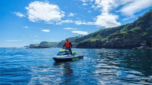3 experiencias para 2: pilota un Lamborghini, una moto de agua y disfruta el paddel surf