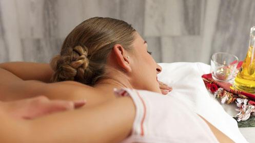 Haz una pausa y disfruta de un completo masaje relajante